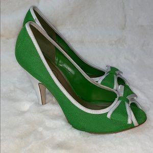 Retro style peep toe bow Jessica Simpson pumps
